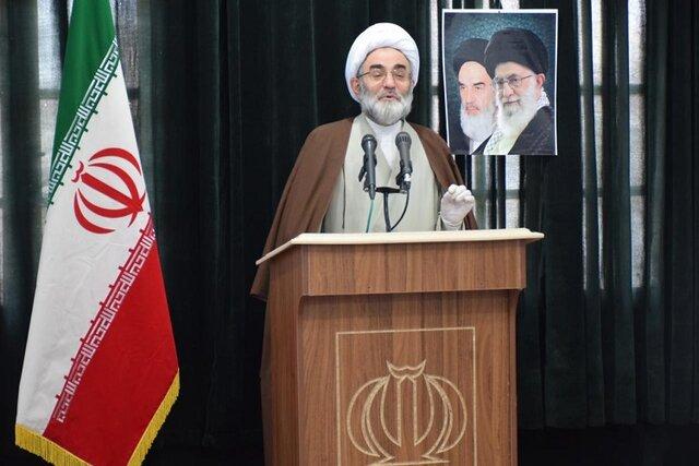 مقاومت ملت ایران در برابر تحریمهای آمریکا مایه شگفتی است.