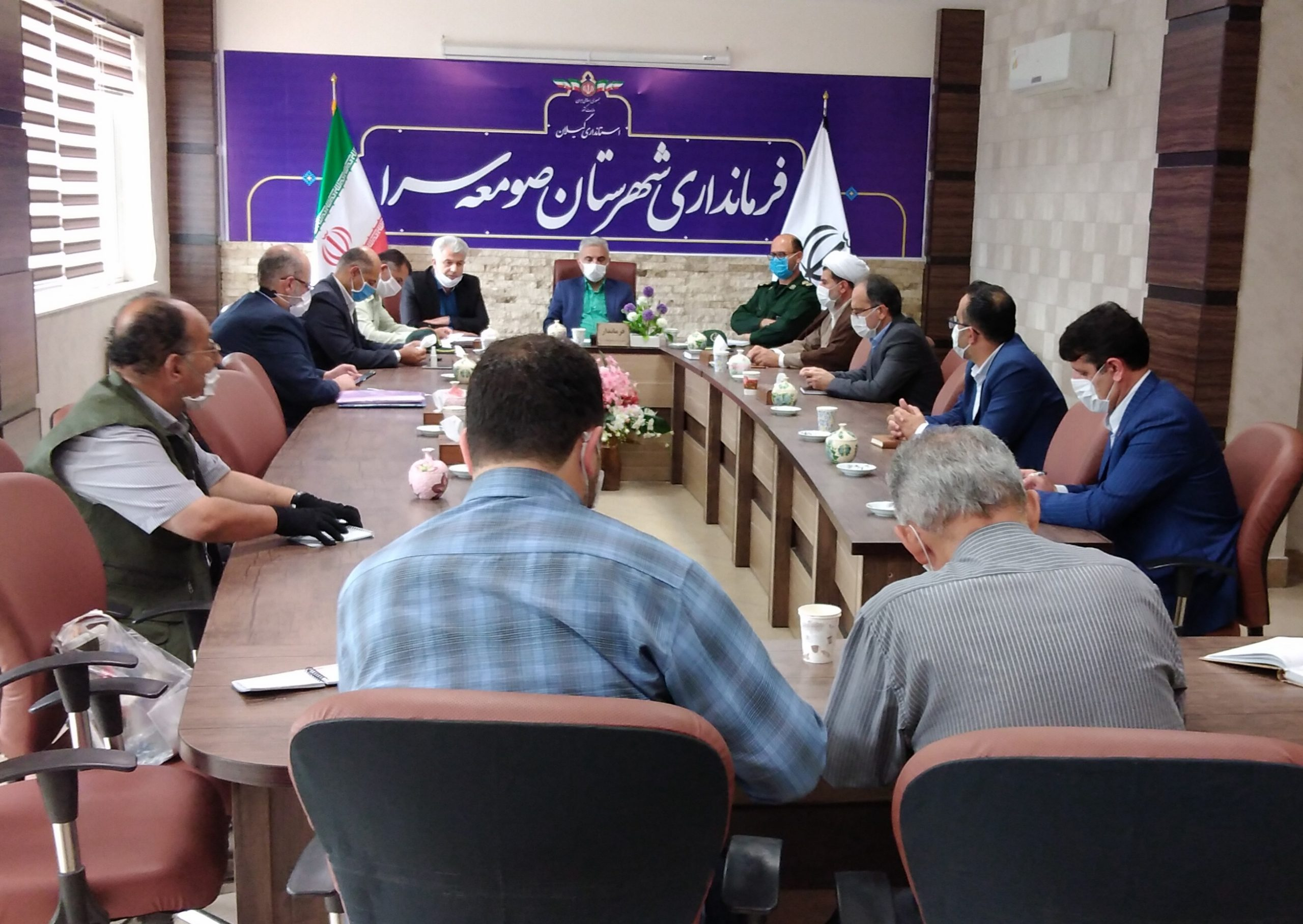 به جای غذای نذری ماسک واقلام بهداشتی بین عزاداران حسینی توزیع شود.