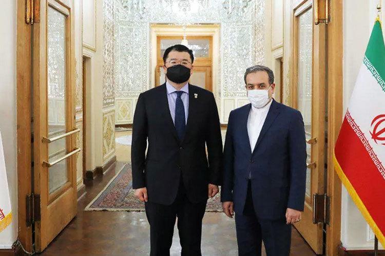 دیپلماتهای کره جنوبی دست خالی ایران را ترک کردند.